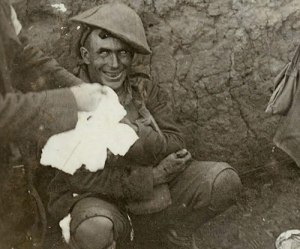 Shell-shocked-soldier-1916-small